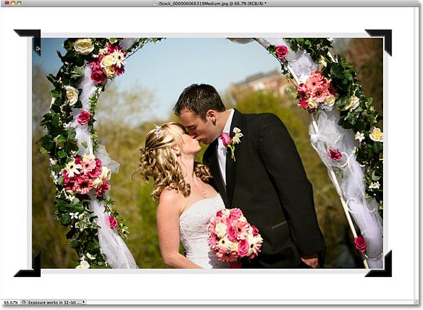 Перемещение копий фотографии монтируется на левую сторону фотографии.