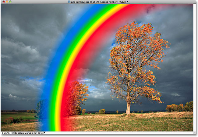 К фотографии добавлен обратный градиент цвета радуги.