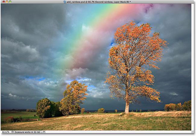 Маска слоя была применена ко второй радуге.