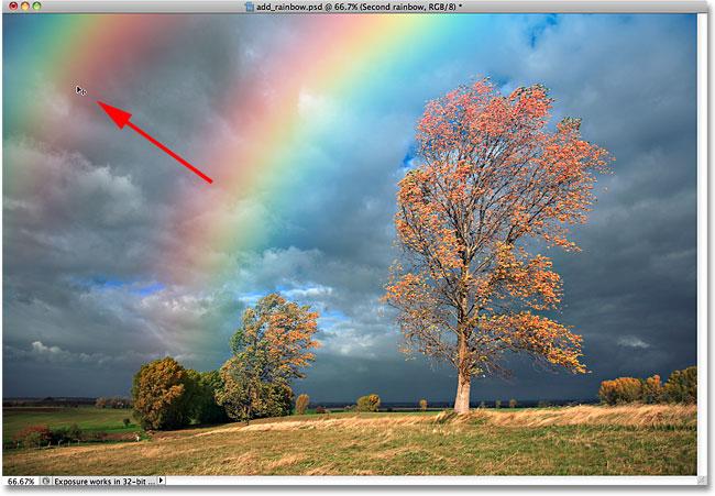 Перетащите вторую радугу на место в документе.