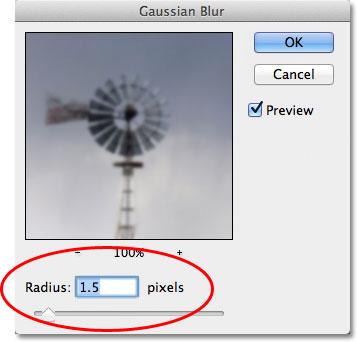 Диалоговое окно фильтра Gaussian Blur в Photoshop.
