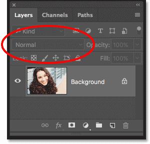 Параметр режима наложения на панели «Слои» недоступен в Photoshop.