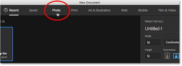 Выбор типа документа из меню в диалоговом окне «Новый документ».  Image © 2016 Стив Паттерсон, Photoshop Essentials.com