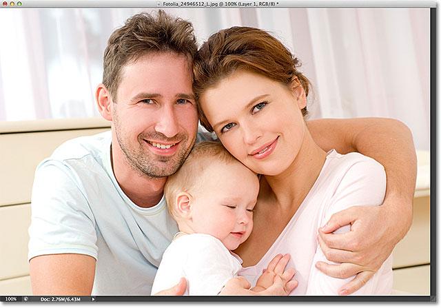 Оригинальное фото.  Изображение лицензировано от Fotolia фотошопом Essentials.com