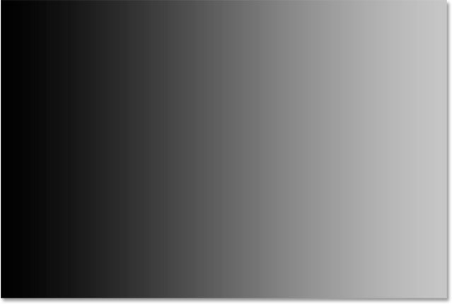 После установки новой черной точки левая сторона градиента теперь черная.