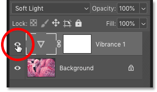 Включение и выключение корректирующего слоя Vibrance на панели «Слои» в Photoshop