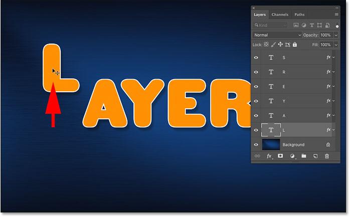 Перемещение выбранного слоя в документе Photoshop