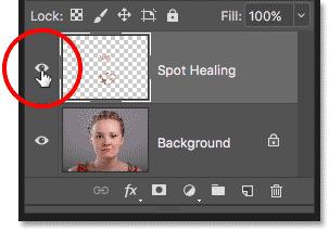 Щелчок по значку видимости слоя «Целебное пятно» на панели «Слои» в Photoshop